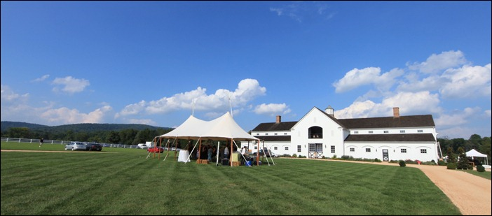 Skyline Tent Castle Hill Wedding
