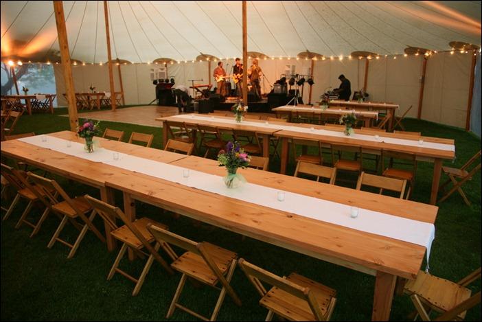 Skyline tent Farm tables