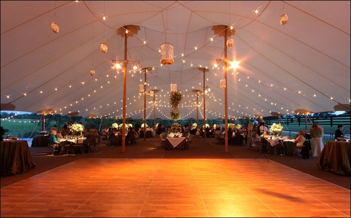Bistro Lighting in 66x105 Sperry Tent